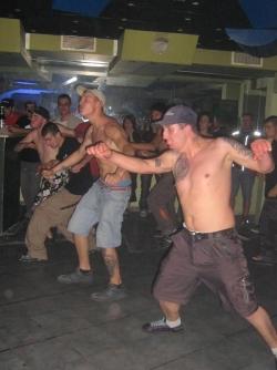 Funny photos - Dancing class