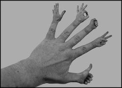 Funny photos - Magic hand