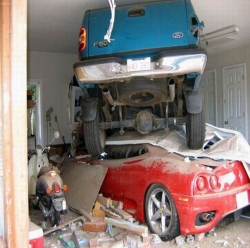 Car photos - A terrible car accident