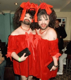Halloween pictures - Siamese twins