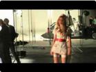 Funny woman videos - Franky Wedge - Glowfly