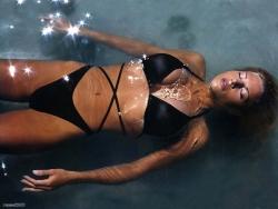 Bikini Wallpaper - Black