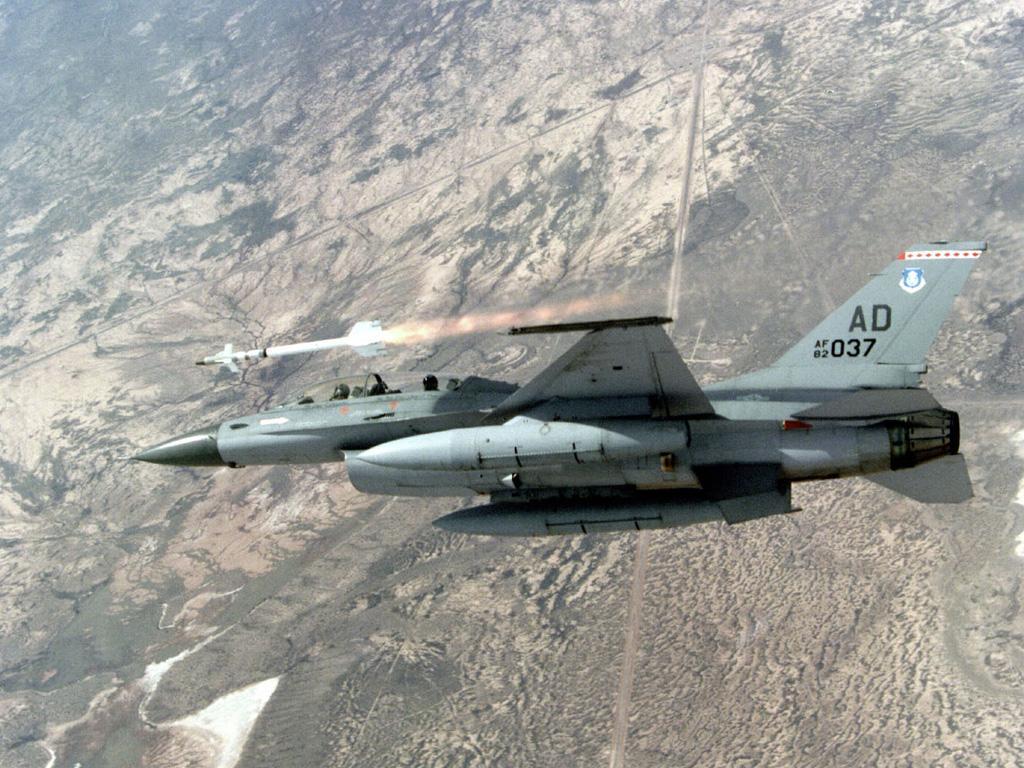 F16 AIM9