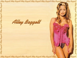 Model Wallpaper - Alley Baggett