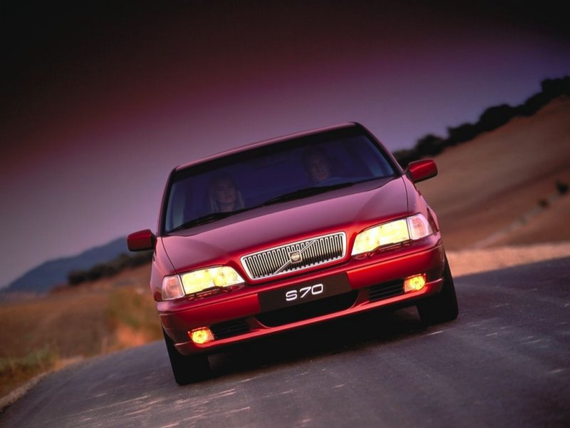 Red Volvo S70