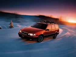 Car Wallpaper - Red V70