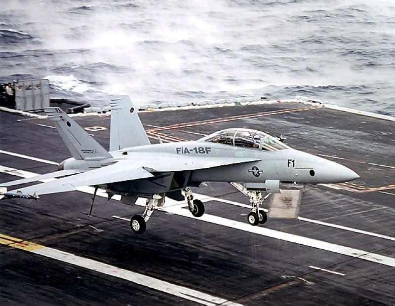 FA - 18F