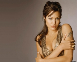 Celebrity Wallpaper - Angelina Jolie 2