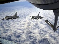 Space Wallpaper - Refueling F16