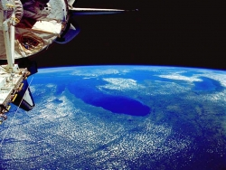 Space Wallpaper - Great lakes from shuttle