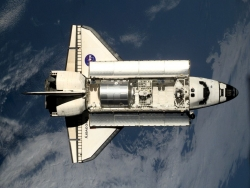 Space Wallpaper - Shuttle IIS