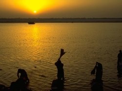Landscape Wallpaper - Ganges river