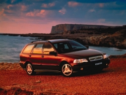 Car Wallpaper - Volvo V70