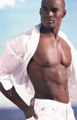Sexy Wallpapers & Pictures - Black hunk