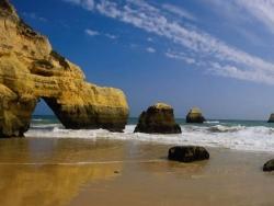 Beach Wallpaper - Strange rock