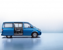 Car Wallpaper - VW Caravelle