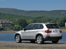 Car Wallpaper - BMW X5