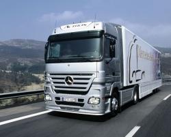 Car Wallpaper - Mercedes Actros