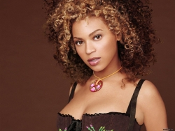Celebrity Wallpaper - Beyonce Knowles 2