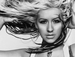 Celebrity Wallpaper - Christina Aguilera 4