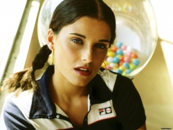 Celebrity Wallpaper - Nelly Furtado 3