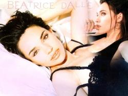 Celebrity Wallpaper - Beatrice Dalle