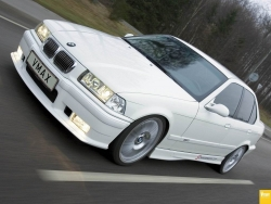 Car Wallpaper - BMW 325