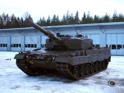 Military Wallpaper - Leopard tank